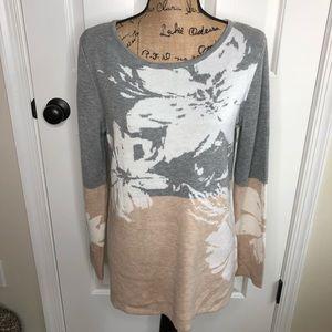 Calvin Klein Sweater NEW Size Medium